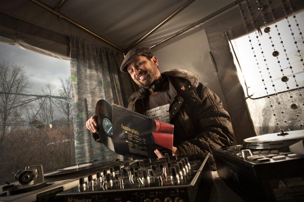 DJ MoERockZ (Knights of Bass)